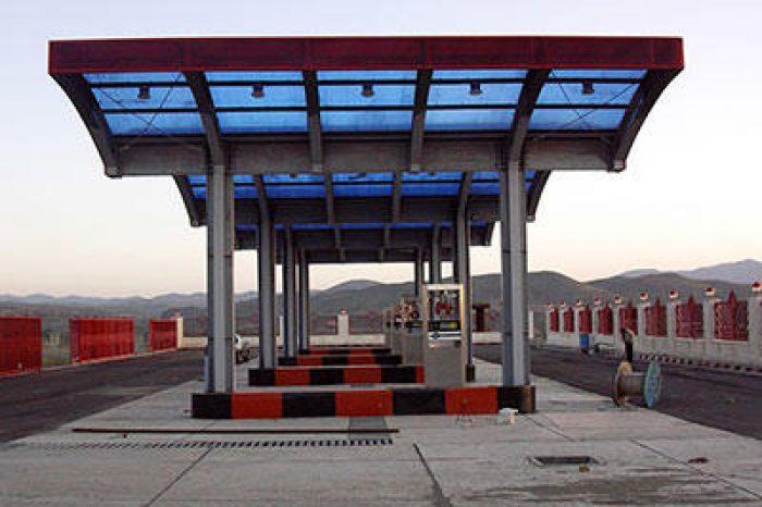 سقف با ورق پلی کربنات