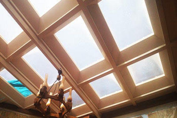 سقف پاسیو با نورگیر حبابی
